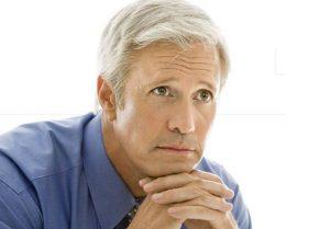 60 tuổi có trồng răng implant được không?